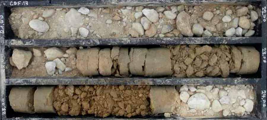 Carottes de forage : Aquifères et aquicludes